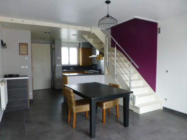 Rental house / villa Buchelay 890€ CC - Picture 4