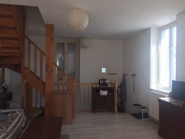 Rental apartment Roche-la-moliere 565€ CC - Picture 1