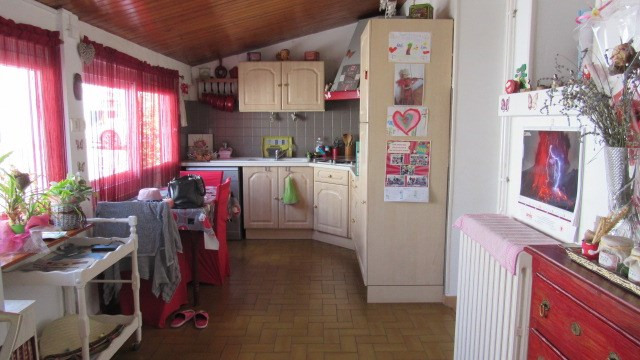 Vente maison / villa Saint jean d'angely 159 000€ - Photo 4