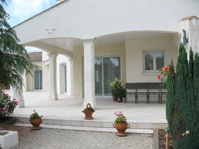 Deluxe sale house / villa Etaules 630000€ - Picture 13