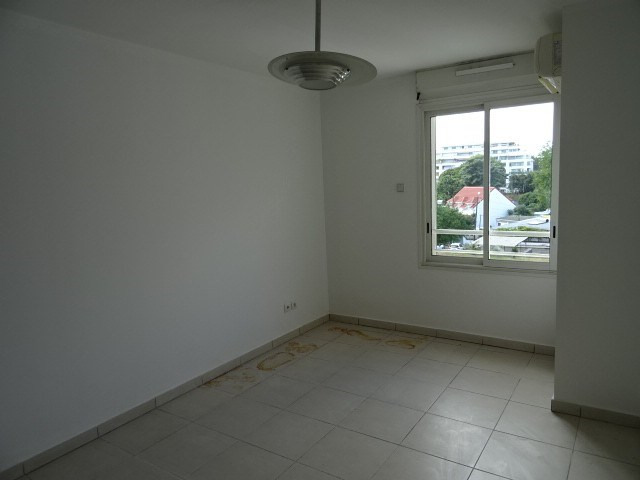 Vente appartement St denis 177000€ - Photo 4