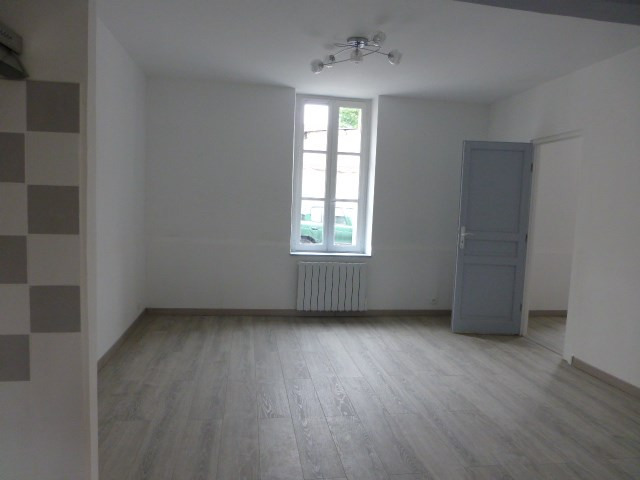 Location appartement Bréval 640€ CC - Photo 3