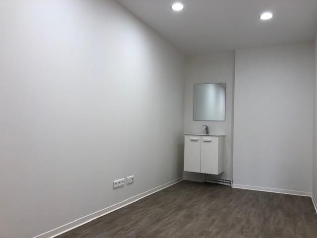 Location local commercial Beynes 520€ HT/HC - Photo 1