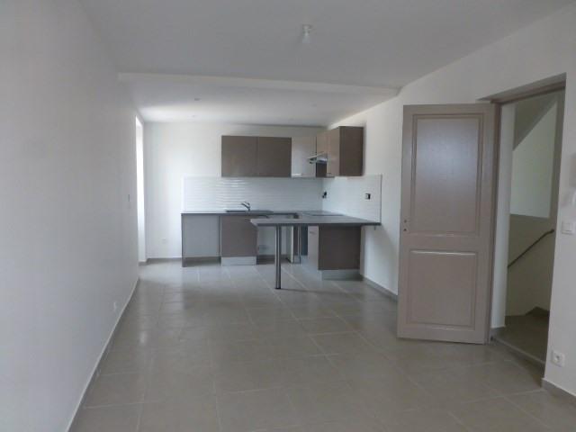 Location appartement Épône 755€ CC - Photo 3