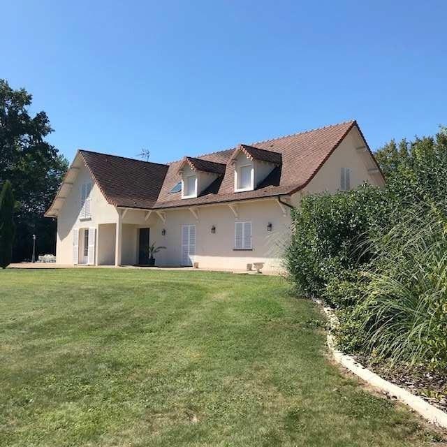 Deluxe sale house / villa Louhans 5 mns 449000€ - Picture 1