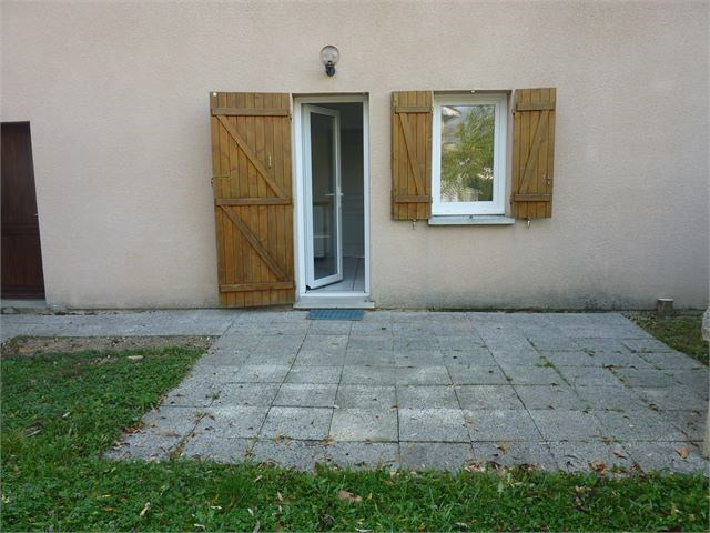 Rental house / villa Ecrouves 930€ CC - Picture 8