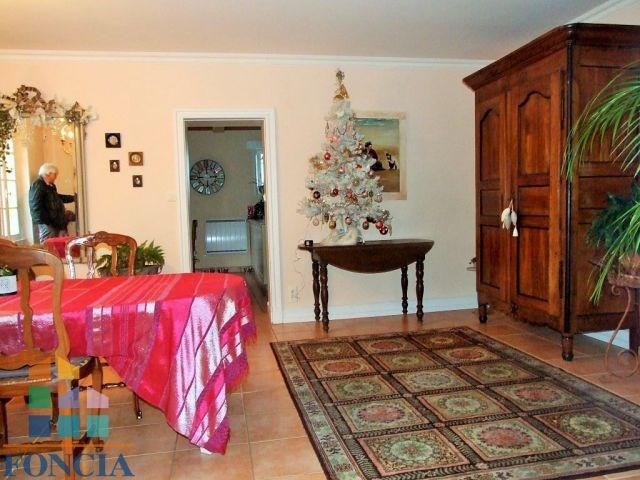 Vente maison / villa Saint-germain-et-mons 399000€ - Photo 4
