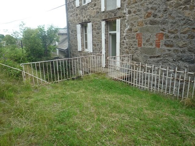 Location appartement St agreve 310€ CC - Photo 3