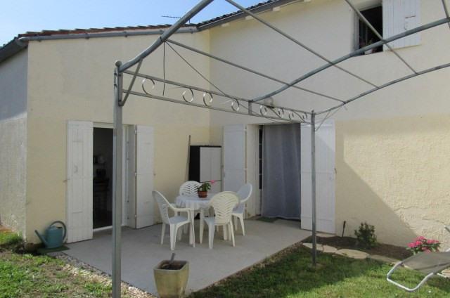 Sale house / villa Archingeay 132750€ - Picture 2