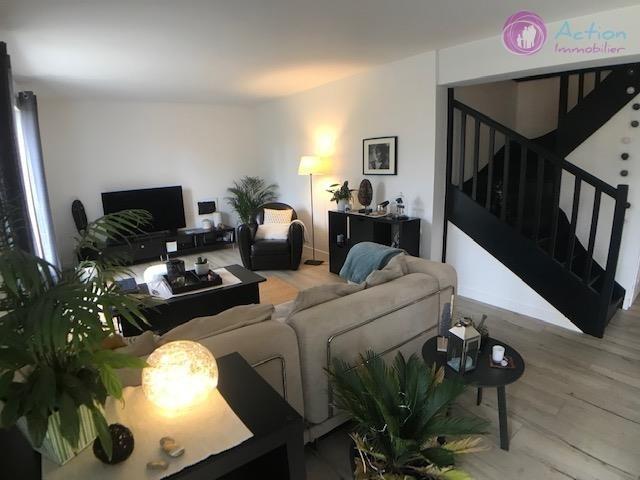 Sale house / villa Lesigny 470000€ - Picture 3