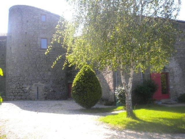 Sale house / villa Les herbiers 470250€ - Picture 3