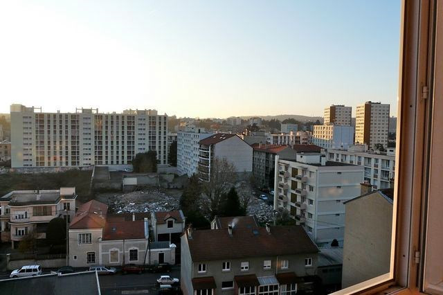 Location appartement Saint-etienne 419€ CC - Photo 3
