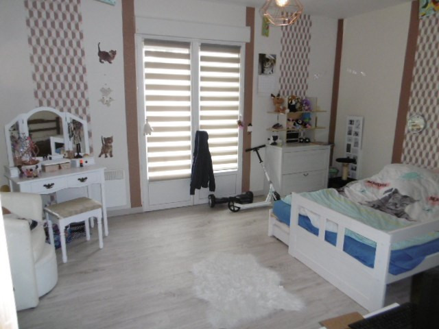 Sale house / villa Pommeuse 225 000€ - Picture 7