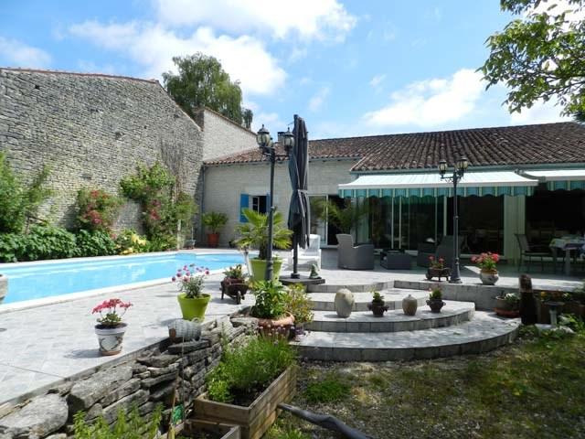 Vente maison / villa Asnières-la-giraud 468000€ - Photo 3