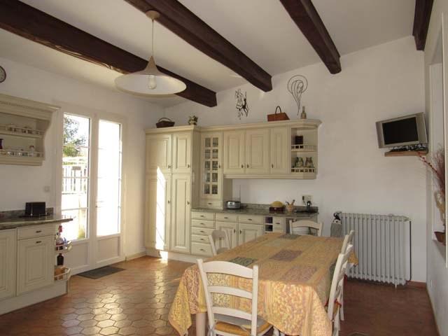 Sale house / villa Saint-jean-d'angély 249100€ - Picture 8