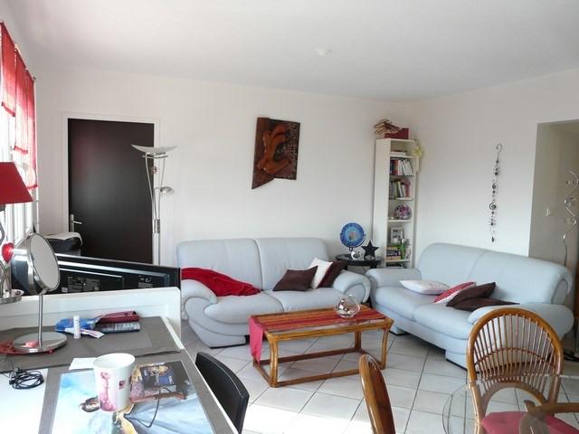 Venta  apartamento Saint-genest-lerpt 85000€ - Fotografía 1