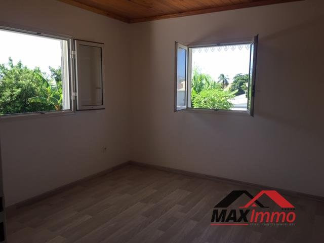 Location bureau Saint benoit 2 500€ CC - Photo 2