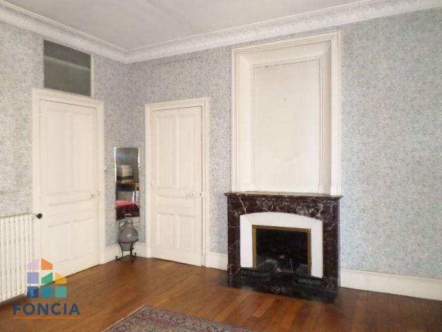Sale apartment Bourg-en-bresse 220000€ - Picture 2