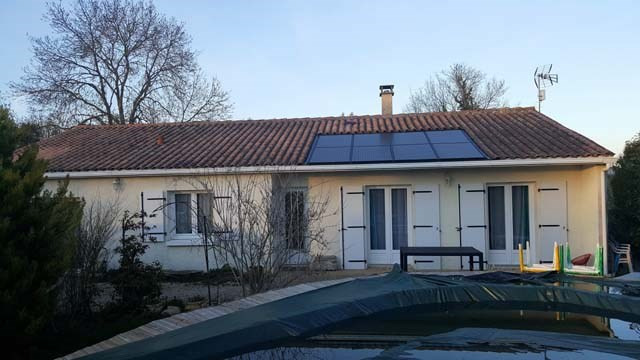 Sale house / villa Saint jean d'angely 153 750€ - Picture 1