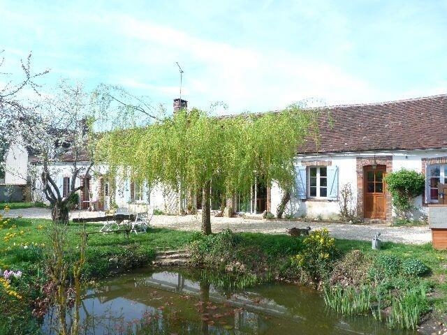 Sale house / villa Charny oree de puisaye 169000€ - Picture 1