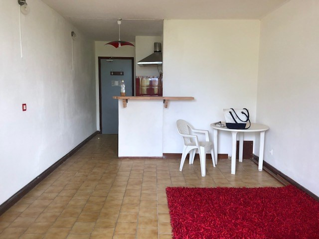 Sale apartment Sainte anne 54000€ - Picture 2