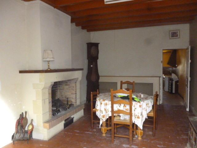 Sale house / villa Montoire sur le loir 75600€ - Picture 3
