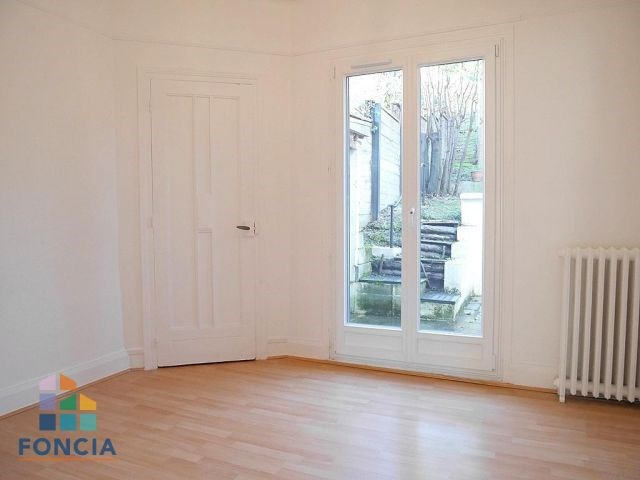Location maison / villa Suresnes 2 500€ CC - Photo 8