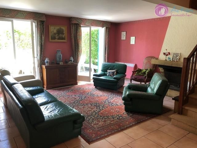 Sale house / villa Lesigny 345000€ - Picture 2