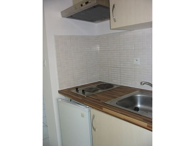 Location appartement St denis 367€ CC - Photo 3