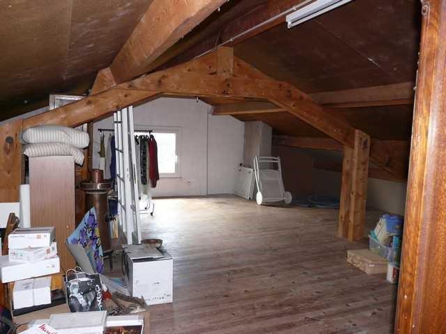 Revenda casa Saint-genest-lerpt 420000€ - Fotografia 5