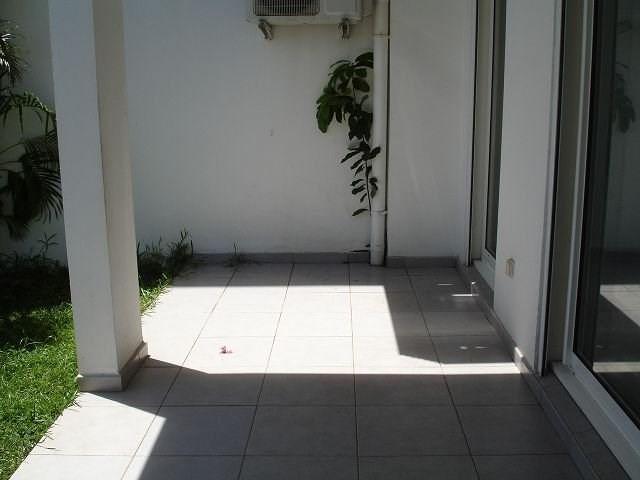 Location appartement Ste clotilde 363€ CC - Photo 6