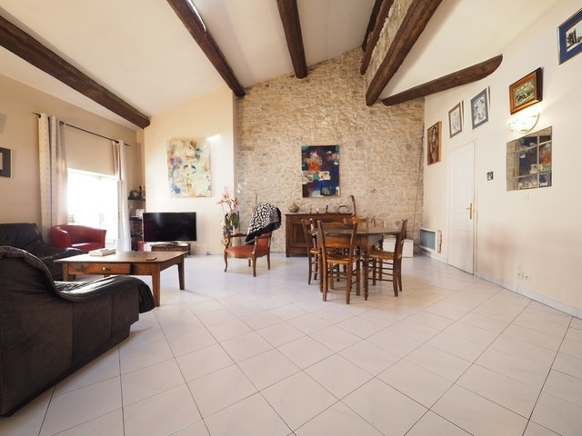 Sale apartment Nimes 210 000€ - Picture 6