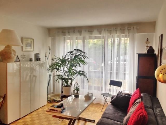 Sale apartment Versailles 352000€ - Picture 2