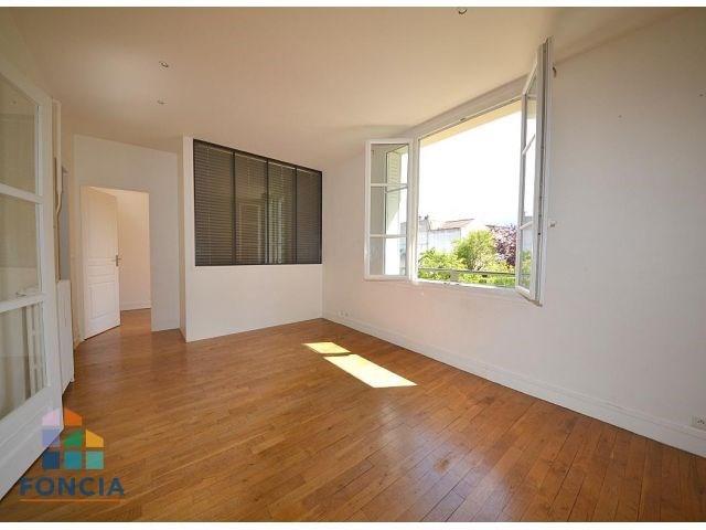 Rental apartment Suresnes 1450€ CC - Picture 1