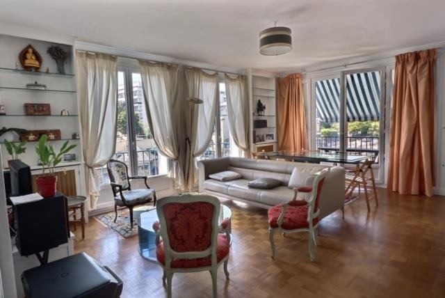 Sale apartment Versailles 699 000€ - Picture 1