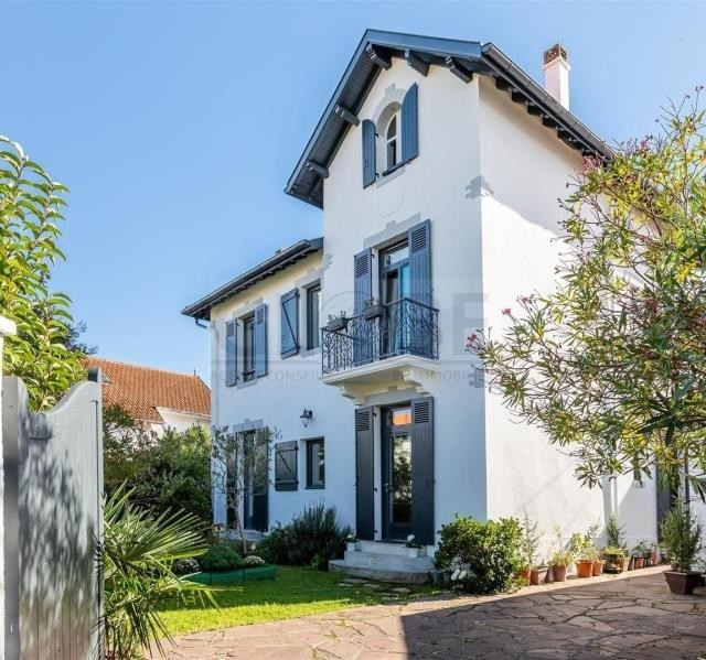 Deluxe sale house / villa Bayonne 985 000€ - Picture 1