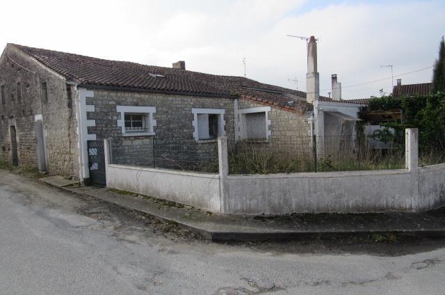 Vente maison / villa Bords 38250€ - Photo 1