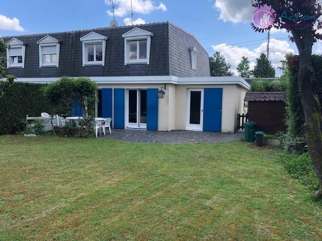 Sale house / villa Lesigny 345000€ - Picture 1