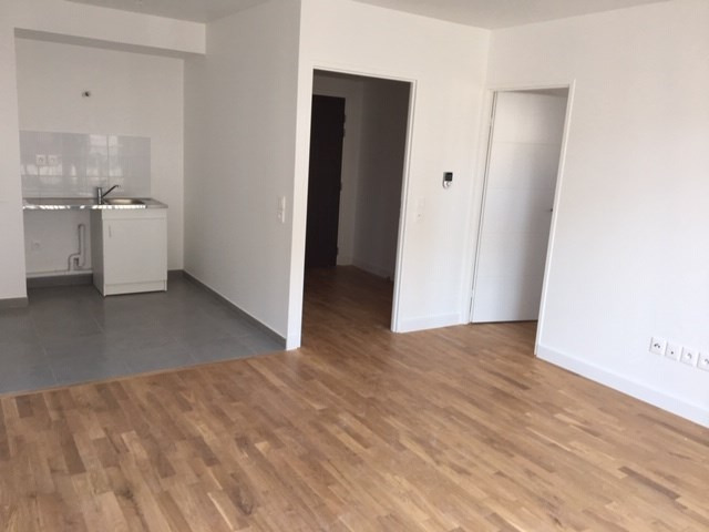 Location appartement Colombes 948€ CC - Photo 4