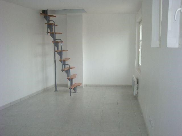 Location appartement Vénissieux 530€ CC - Photo 2