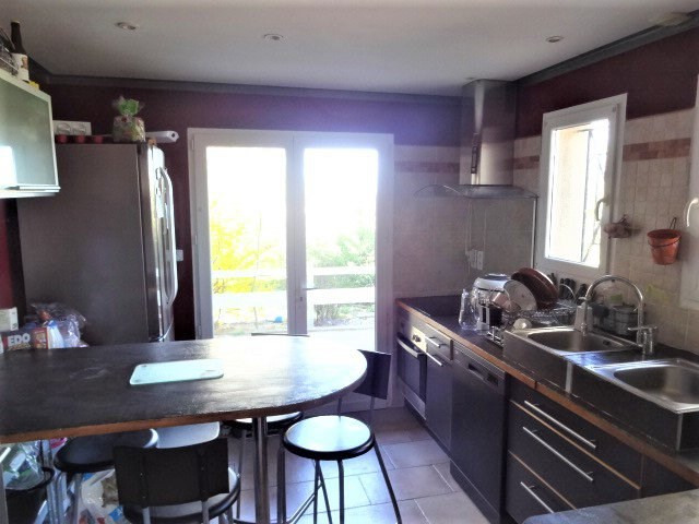 Sale house / villa Le gres 305 140€ - Picture 5