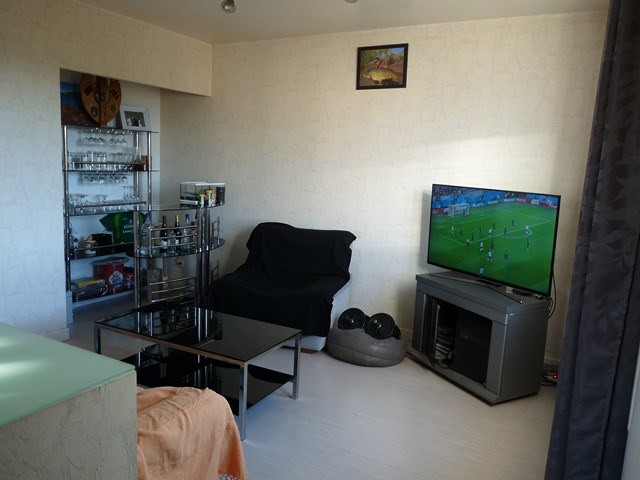 Verkoop  huis Montrond-les-bains 145000€ - Foto 4