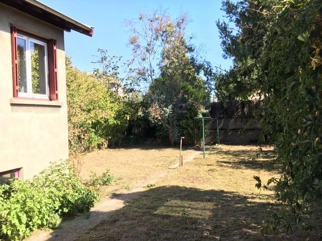 Vente maison / villa Vénissieux 240000€ - Photo 2