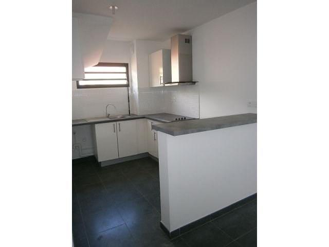 Location appartement St denis 834€ CC - Photo 7