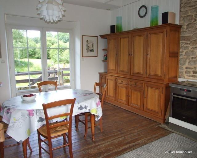 Sale house / villa Locmaria berrien 139100€ - Picture 8