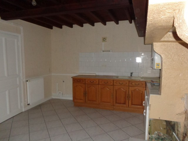 Location maison / villa Sainteny 528€ CC - Photo 4