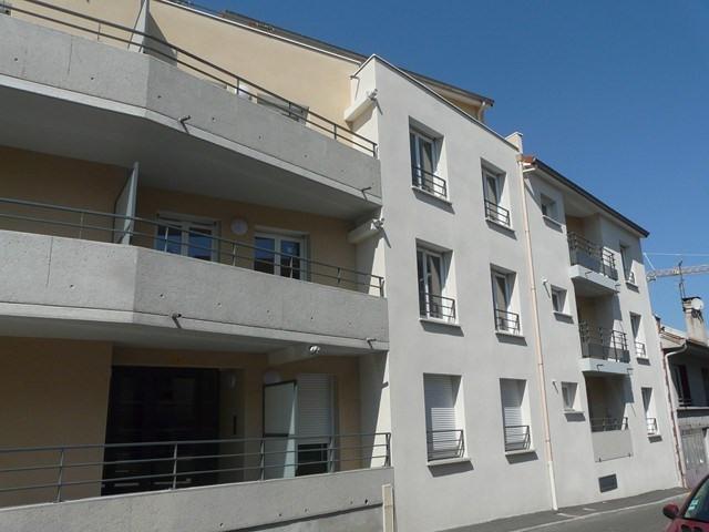 Verhuren  appartement Roche-la-moliere 460€ CC - Foto 1