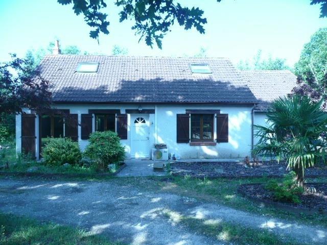 Sale house / villa Presly 162000€ - Picture 2