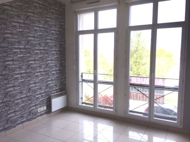 Location appartement Tigery 533€ CC - Photo 2