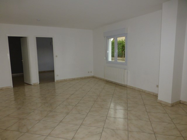 Location appartement Freneuse 750€ CC - Photo 3
